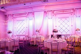 Golden Touch Events & Decor