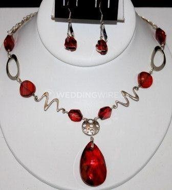 20001 - Dazzle sterling silver & red magma Swarovski crystal necklace set.JPG