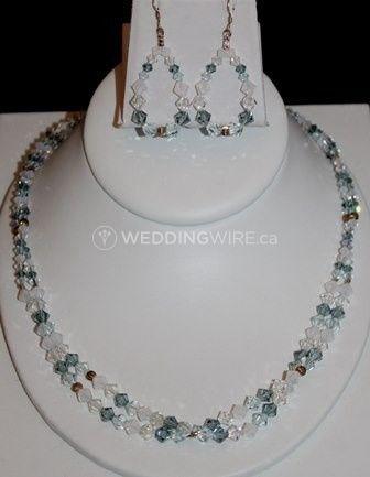20005 - London Fog sterling silver & Swarovski crystal necklace set.JPG