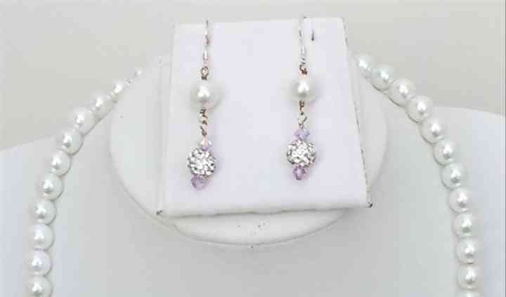 20046 - lilac & pearls- pearl & Swarovski crystal necklace set 1.jpg