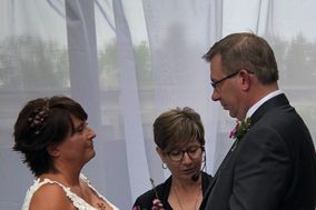 Heart and Soul Wedding Officiant Services
