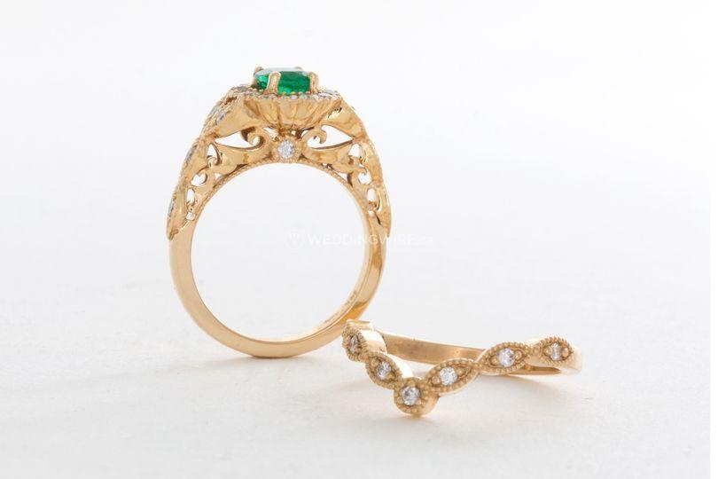 Emerald Halo Vintage Ring