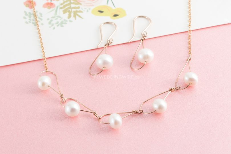 Dainty Pearl Necklaces
