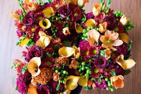 Quinn & Kim's Grower Direct and Saskatoon Flowers