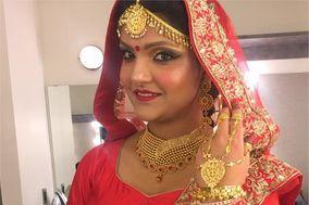 Kaur G - Makeup Artist