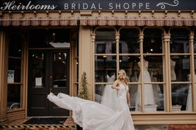 Heirlooms Bridal Shoppe