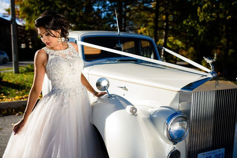 Classic Royalty Limousines