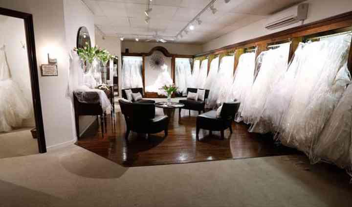 Moments Bridal & Formals