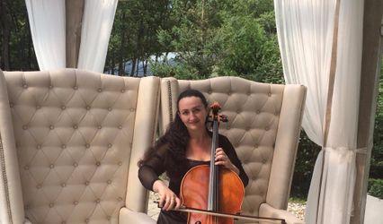 Nadya Rachok - Cellist 1