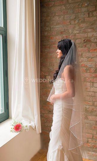 Rent your veil, tiara & more!