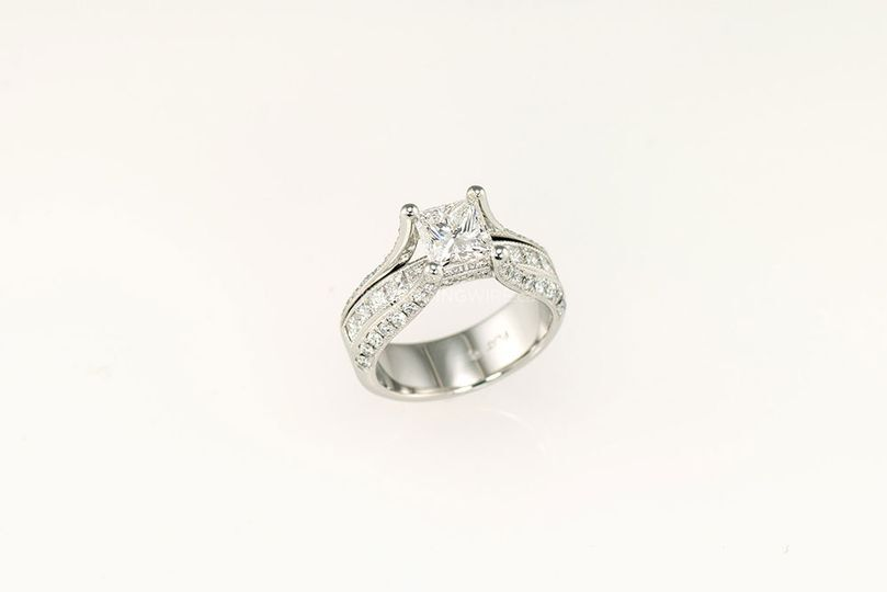 Platinum princess cut ring