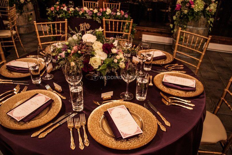 Gold & Eggplant Table Decor