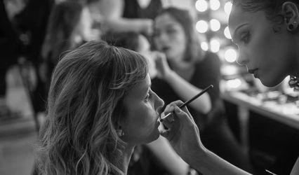 Sivanah Burgess - Professional Makeup Artist 1