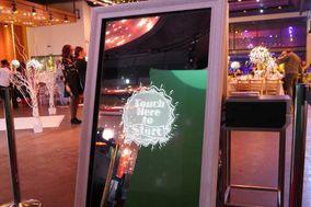 Magical Mirror Photo Booth