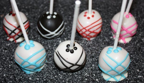 Lisa's Cake Lollies & Treats