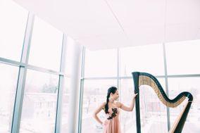 Emily Belvedere - Harpist