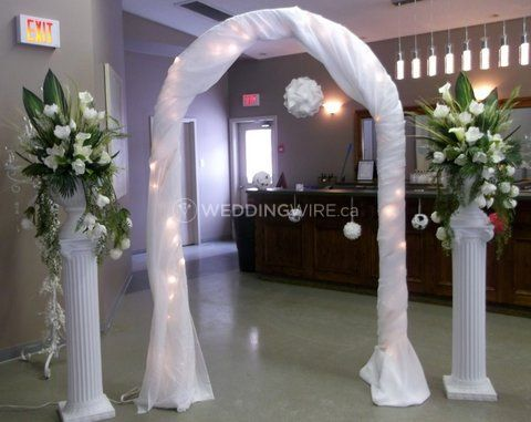 Ceremony Arch with Pillars