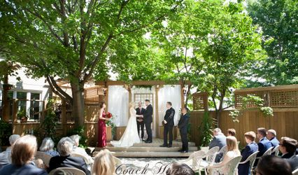 Coach House Weddings 1