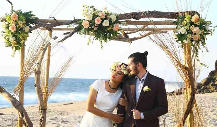 Aisle To Island Destination Weddings & Honeymoons