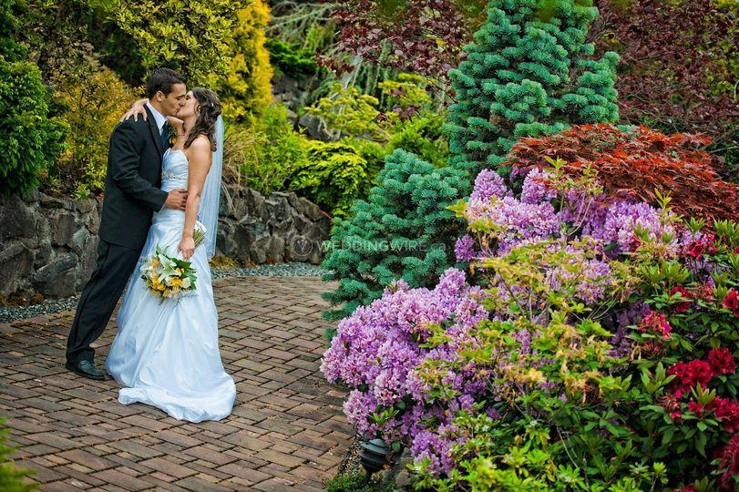 British Columbia wedding couple
