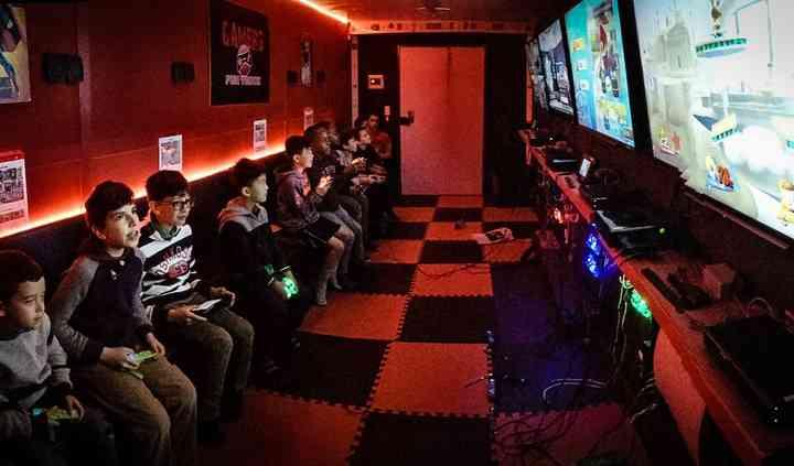 Inside Gamers Fun Truck