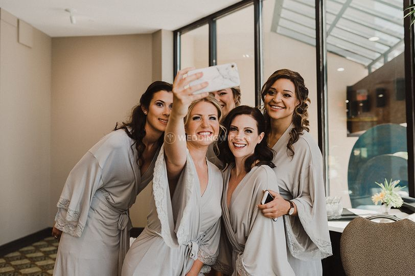 The bridesmaids all done up!