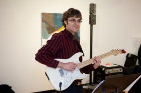Travis Baynham - Solo Guitarist
