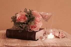 Sentimental Moments Event Decor