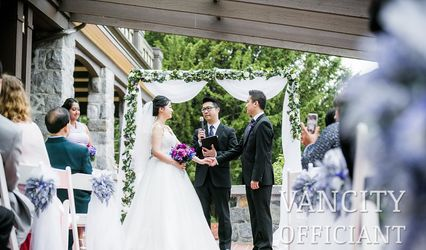 Vancity Officiant - Kevin Leung & Team