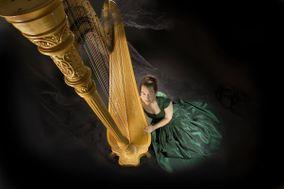 Adrienne Schipperus - Harpist