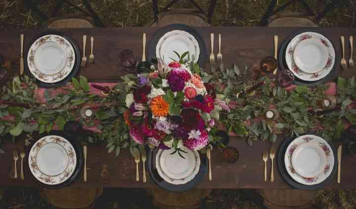 Steckle Heritage Harvest Table