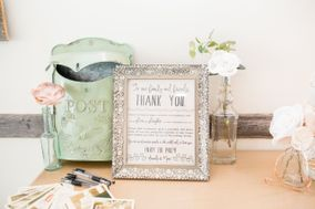 Heirloom and Oak - Vintage Rentals and Florals