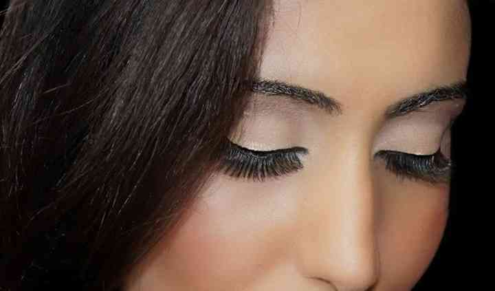 Blush and Lashfull Makeup Artist