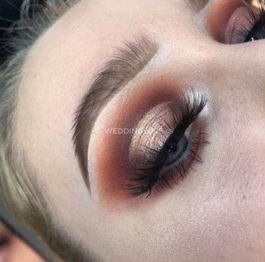 Bridal eyeshadow