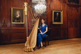 Véronique Couturier - Harpist