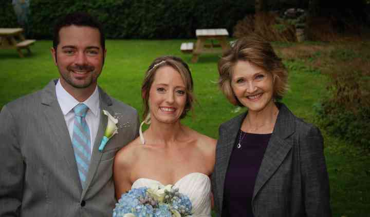 Suzanne Myers, Professional Celebrant & Wedding Officiant