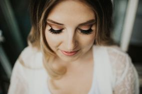 Wedded Bliss: Mobile Hair & Makeup