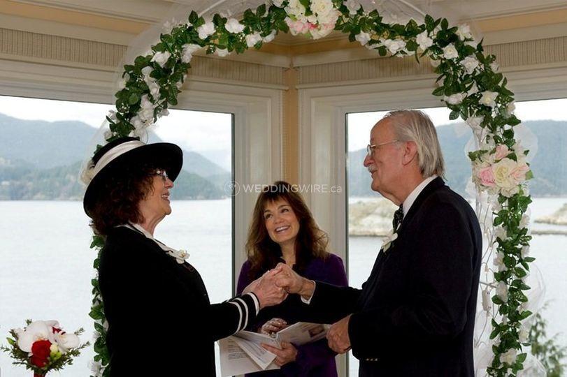 MarryUs Custom Wedding Ceremonies