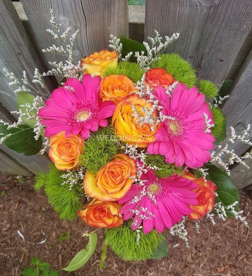 Gerberas, Roses, dianthus