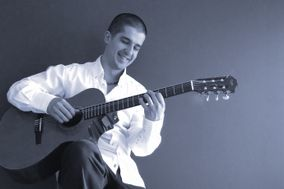 Deyo Rafailovich - Guitarist