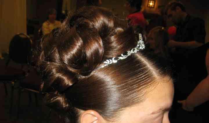 Peggy's Mobile Bridal Haircare