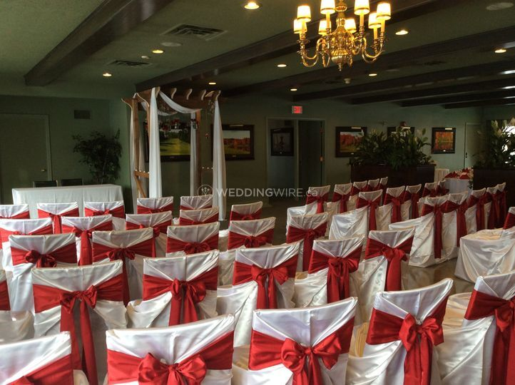 Indoor winter wedding