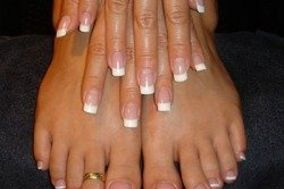 Gel Nails Coquitlam