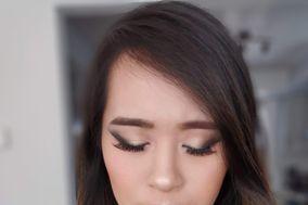 Makeup Artistry by Jenny