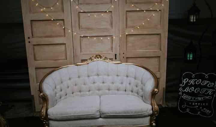 The Danielle Love Seat