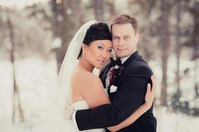 Paper Tiger Media | Edmonton Wedding Photography