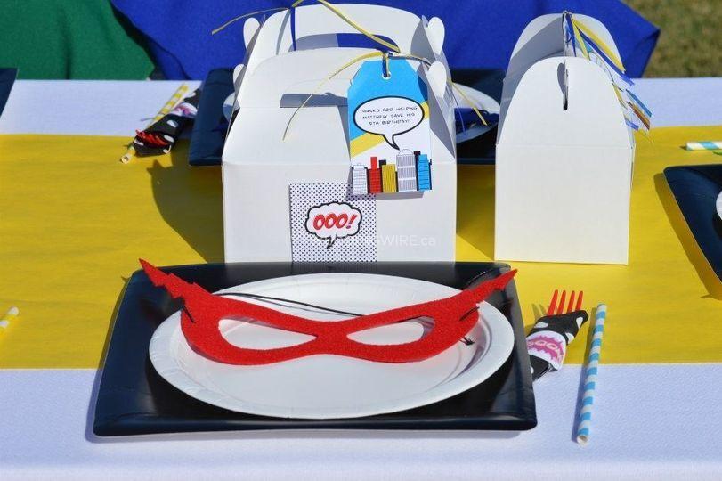 Superhero-birthday-party-gable-boxes