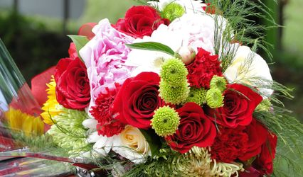 Camellia's Fine Flowers & Gifts 1