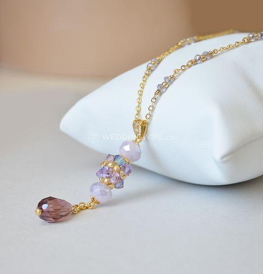 Crystal beaded pendant lariat