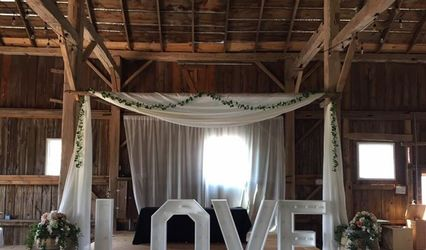 Rustic Wedding Rentals by Shelby